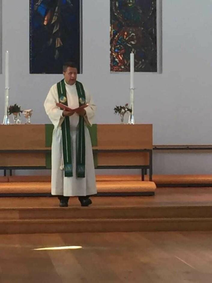 Espen Andreas Hasle er vikarprest i Nordstand kirke. Foto: Kjersti Opstad