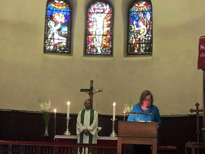 I dag sliter den norske kirken med rekrutteringen. Til frivillig arbeid, til sangen, til alt. Noen kalles likevel til å være med å bære kirke. Foto: Kjersti Opstad