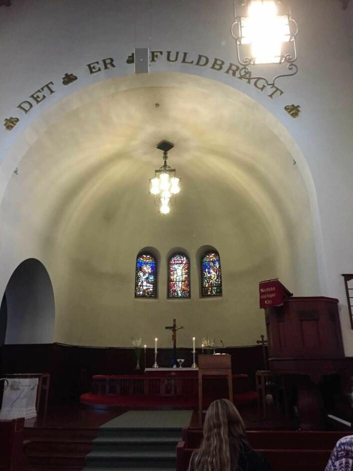 Lovisenberg kirke er en nyromansk, treskipet basilika i håndbanket teglstein med elementer av grefsensyenitt. Foto: Kjersti Opstad