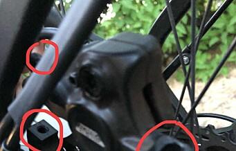Bremsene på elsykkelen sabotert og frakoblet. Ren flaks at ingen i den lille familien ble skadd