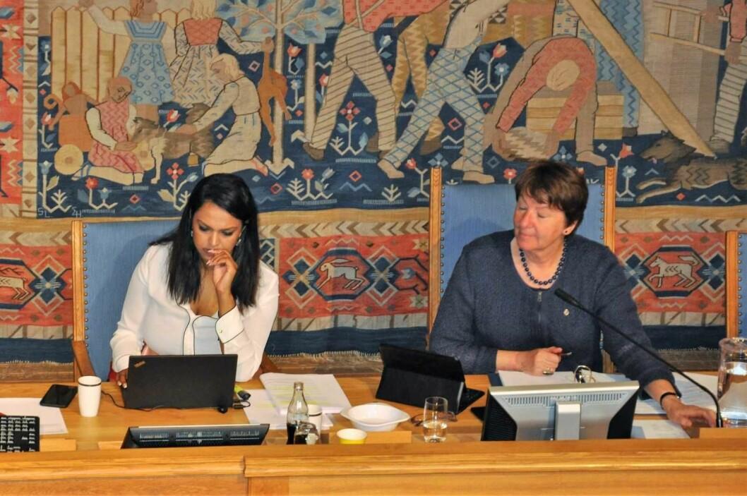 Arbeiderpartiets vara-ordfører Khamshajiny Gunaratnam øker lønna til nær 940.000 kroner i året. Mens SVs ordfører Marianne Borgen stemte for å gi seg selv 100.000 kroner mer i lønn og ender på 1.365.016 kroner årlig. Foto: Arnsten Linstad