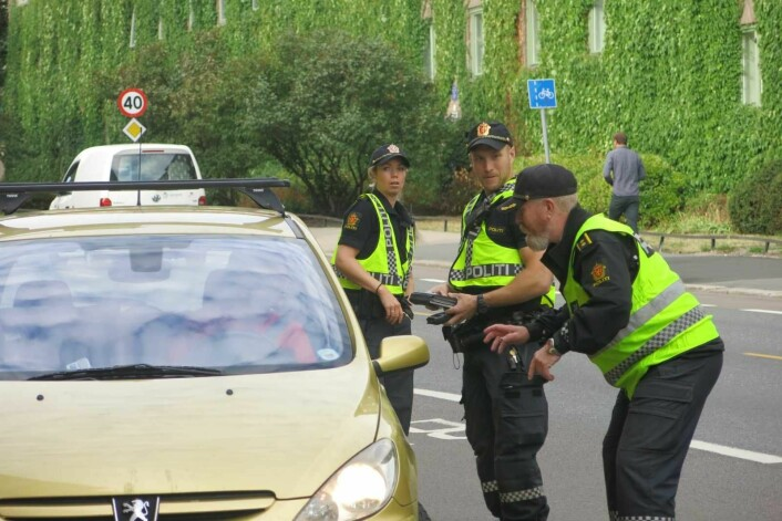 I i Oslo er ingen bilister tatt for promillekjøring eller annen ruspåvirket kjøring i løpet av den første uka.. Bilisten på bildet var lovlydig og blåste grønt. Foto: Politiet