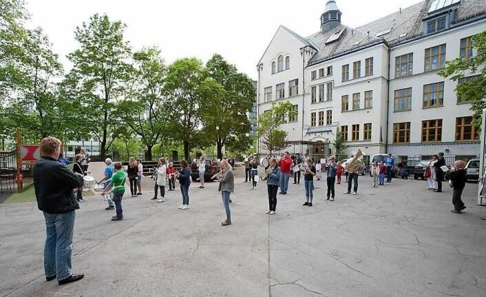 Fylkesmannen i oslo og Akershus mener Fonteneplassen ikke er en naturlig del av skolegården ved Majorstuen skole. Illustrasjonsfoto: Aktiv i Oslo / flickr