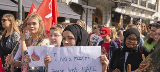 400 i demonstrasjon mot rasisme og islamhets