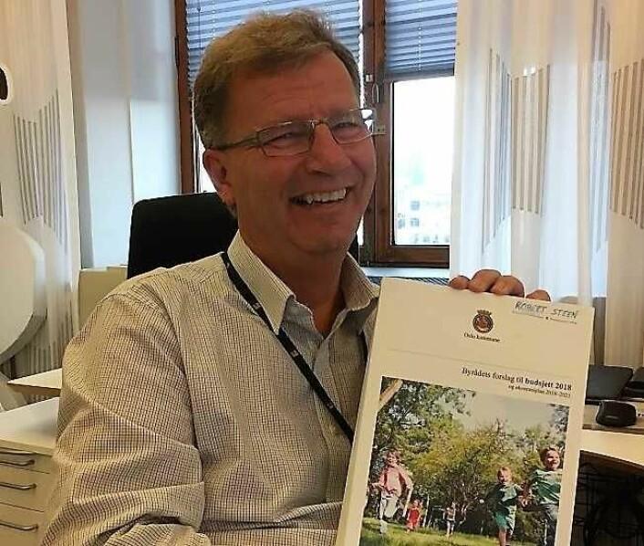 En blid finansbyråd Robert Steen (Ap) smilte bredt da han presenterte tidenes mest ekspansive Oslo-budsjett i fjor. Og veksten fortsetter i år. Oslo kommune har aldri hatt mer penger enn nå. Foto: Vegard Velle