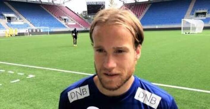 Bård Finne var igjen Vålerengas beste spiller. Men Klanens mest elskede bergenser måtte reise hjem uten poeng, tross målkjenning mot Odd i Skien. Foto: Arkiv