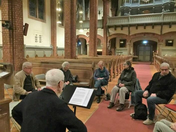 Samtalegruppe i Uranienborg kirke. Foto: Kjersti Opstad