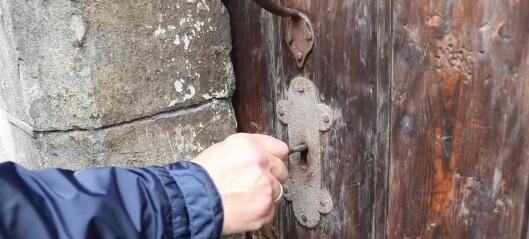 Her kan du få en sniktitt ned i hvelvingene til det gamle Olavsklosteret, fra 1100-1200-tallet