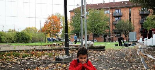 Fredrik (6) har en nomadisk treningstilværelse. Klubben Forward mangler bane og mister spillere på grunn av treningsforholdene