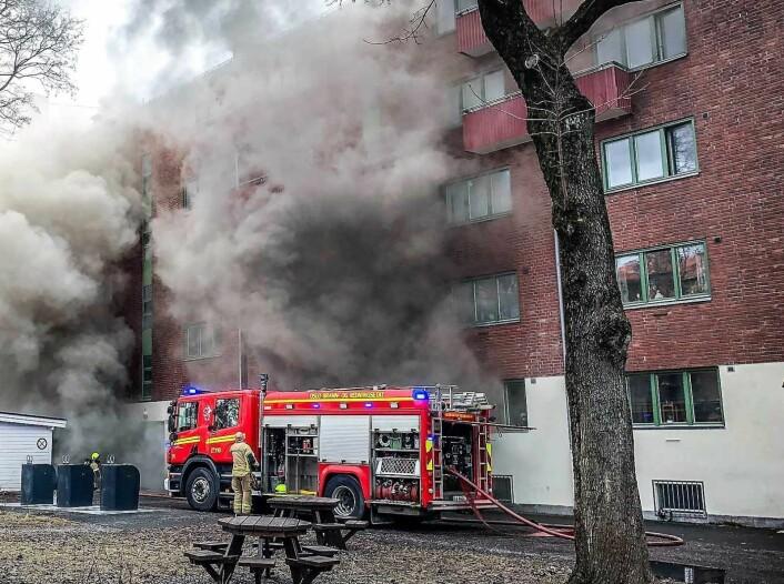 Brannvesenet advarer mot å lage mat etter å ha drukket for mye alkohol. Foto: Oslo brann- og redningsetat