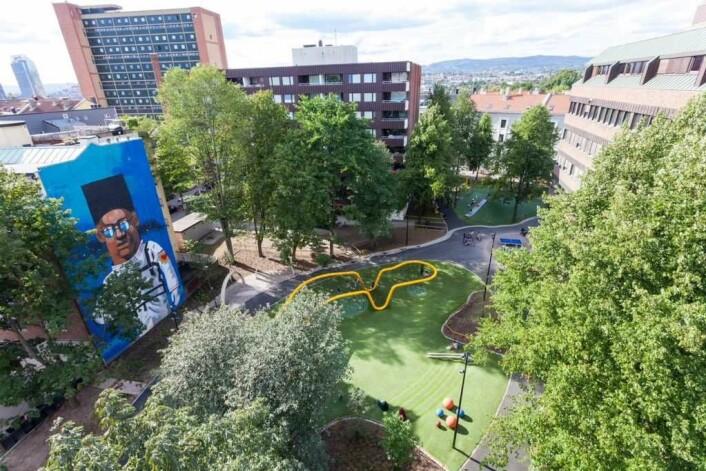 Nye Sørli lekepark er blitt til gjennom midlene fra Tøyenløftet. Foto: Adam Sterling