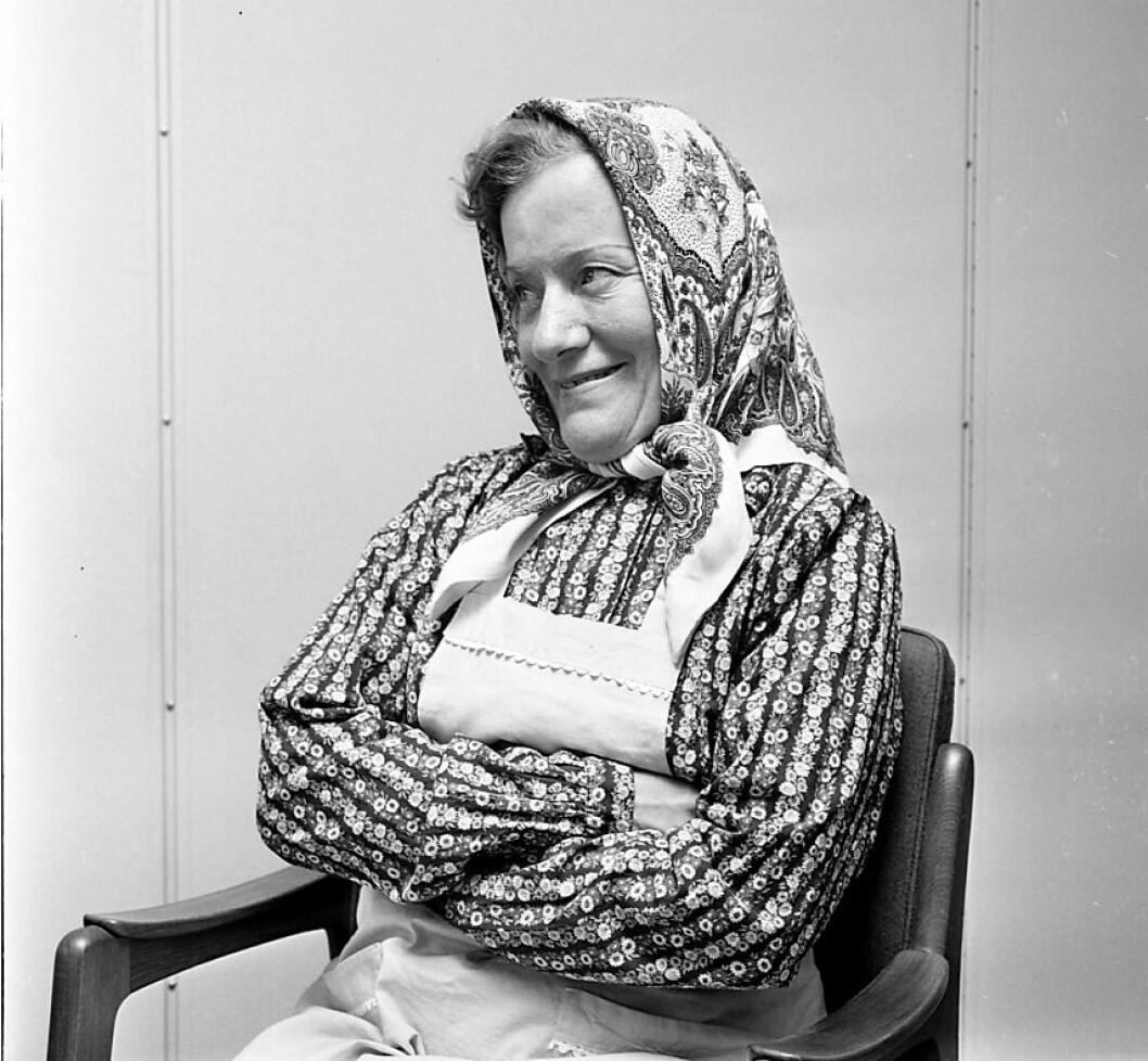 Skuespilleren og oslojenta Aud Schønemann får en gatestump på Lilel Tøyen oppkalt etter seg. Foto: Dagfinn Grønoset / Glomdalsmuseet