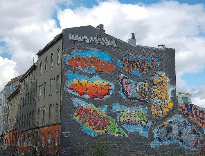 Grafittien på okkuperte Hausmania er tapt for alltid. Men elevene ved Elvebakken videregående skole ville ha grafitti i nye Vega scene. Foto: Anne-Sophie Ofrim/Wikimedia