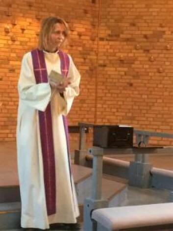 Sogneprest Kjerstin Jensen snakket om bots- og bønnedagen. Foto: Kjersti Opstad
