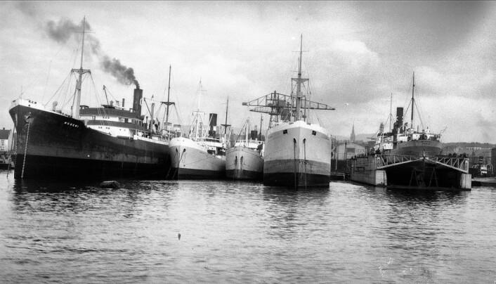Havna fra begynnelsen av det 20-århundre. Dampskipene har overtatt i det Ødemark kaller gullalderen for Oslo havn. Foto: Anders B Wilse fra Oslo Museum