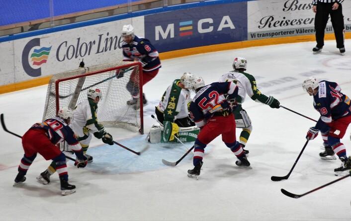 Hektisk foran gjestenes mål. Foto: André Kjernsli
