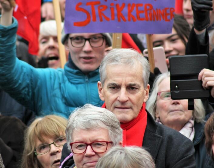APs leder Jonas Gahr Støre demonstrerte til forsvar for abortloven. Foto: André Kjernsli