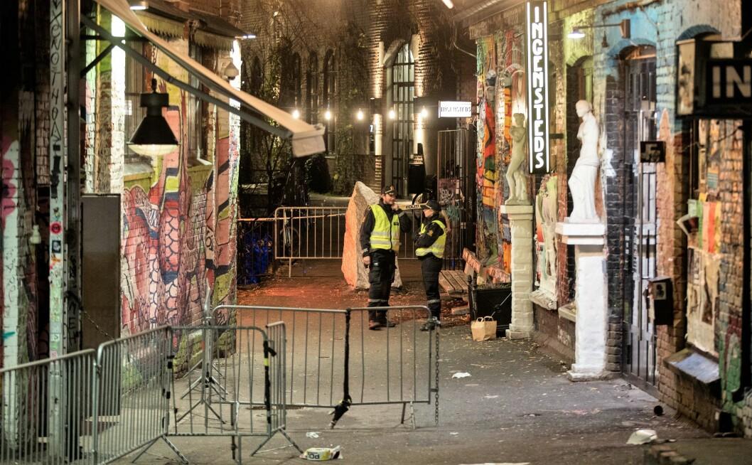 Politiet jakter nå en navngitt gjerningsperson etter nattens knivstikking ved utestedet Blå på Grünerløkka. Foto: Vidar Ruud / NTB scanpix