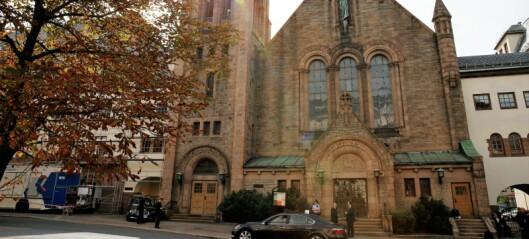 Hver femte LHBT-ansatte i kirken har opplevd diskriminering. Mange tør ikke komme ut av skapet
