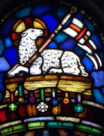 Per Vigeland står for glassmaleriene i Frogner kirke. Foto: Frogner menighet