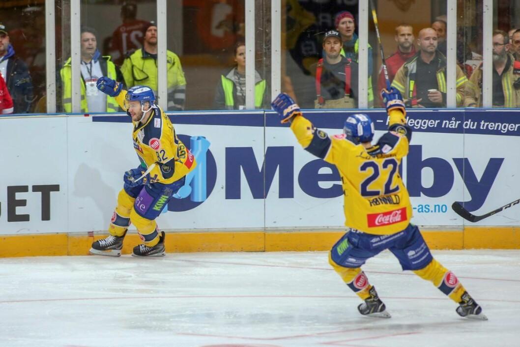 Storhamar feirer seier over Vålerenga hockey. Arkivfoto: Geir Olsen / NTB scanpix