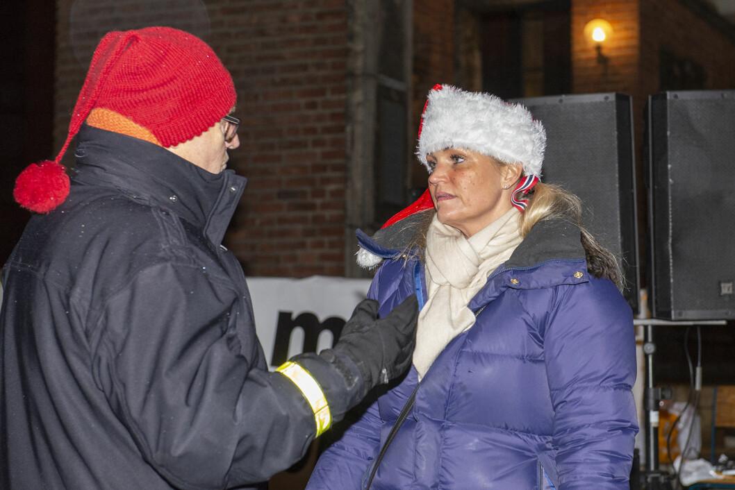 Organisatorene av protesten mot bomstasjoner iførte seg nisseluer. Foto: Morten Lauveng Jørgensen