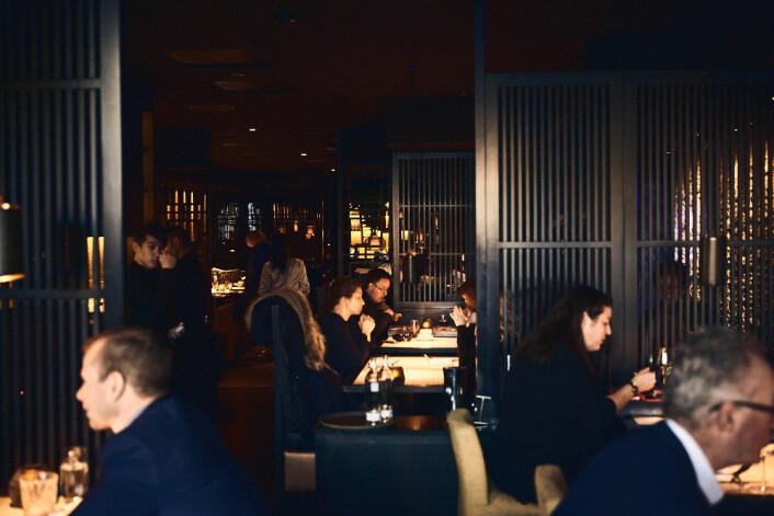 Inne på Dinner er samtalene dempede og stemningen er avslappende. Foto: Kristin Svanæs-Soot