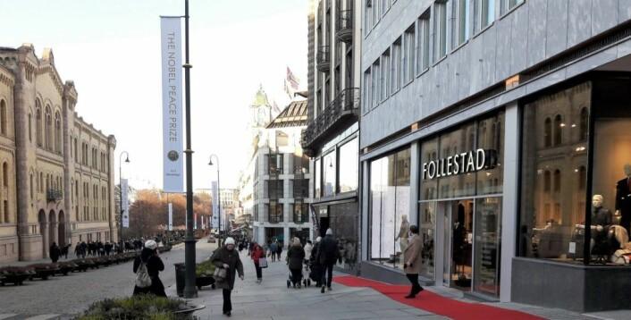 Follestads nye forretning i Karl Johans gate retter seg mer inn etter turister enn forretningen i Kongens gate. Foto: Anders Høilund
