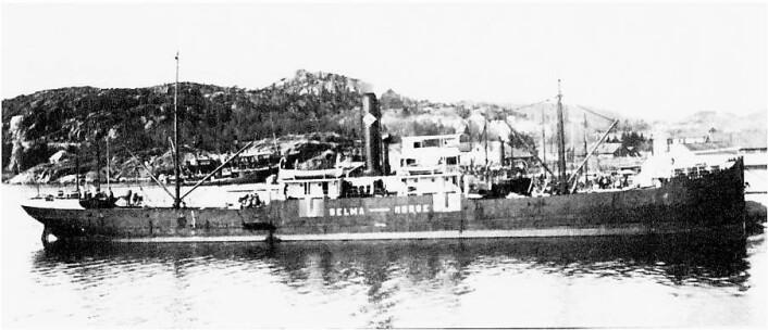 DS Selma hjemme i Kristiansand. Skipet ble minesprengt 25. oktober 1915 på vei fra Middlesbrough til Nantes med jernlast. Bildet er hentet fra Odd Birkelands samling og stilt til rådighet for NDLA av Lillesand Sjømannsforening.