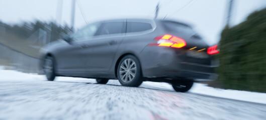 Politiet i Oslo: Det sklir biler av veien over alt