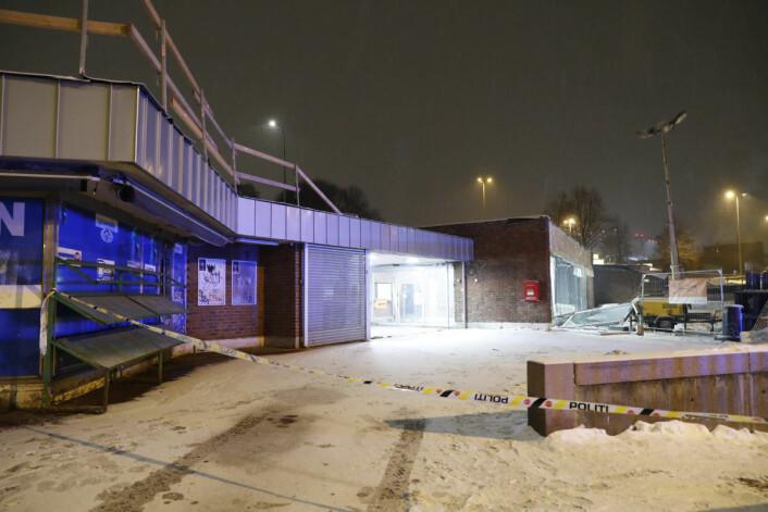 Inne i denne tunnelen eksploderte flere flasker med propan og acetylen på sveisevognen. Foto: Terje Bendiksby / NTB scanpix