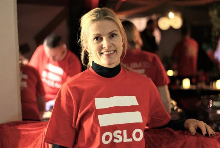 Lena Nymo Helli er daglig leder i AbbVie som arrangerer dette julebordet for femte året på rad. Foto: André Kjernsli