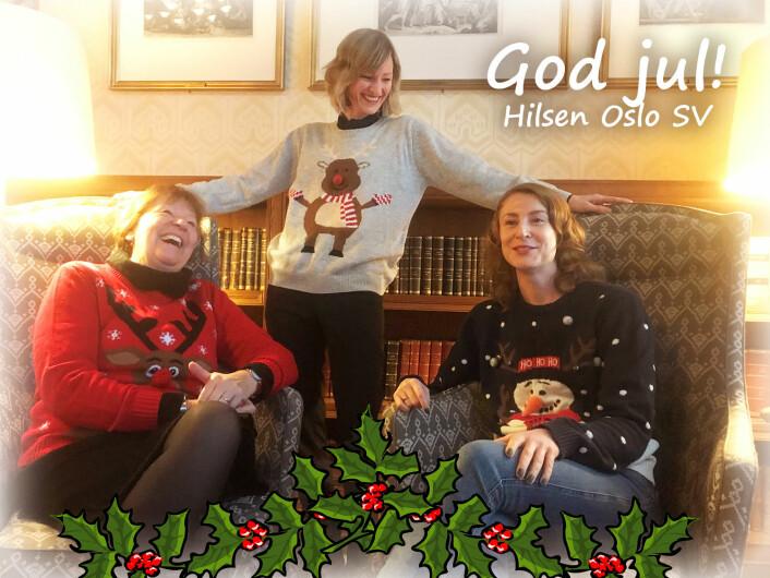 Oslos ordfører, Marianne Borgen, skolebyråd Inga Marte Thorkildsen og gruppeleder Sunniva Holmås Eidsvold med julegensere på SVs julekort for 2018. Foto: Oslo SV