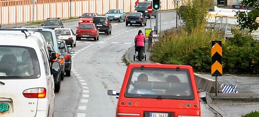 – La biler med minst tre personer kjøre i kollektivfeltet