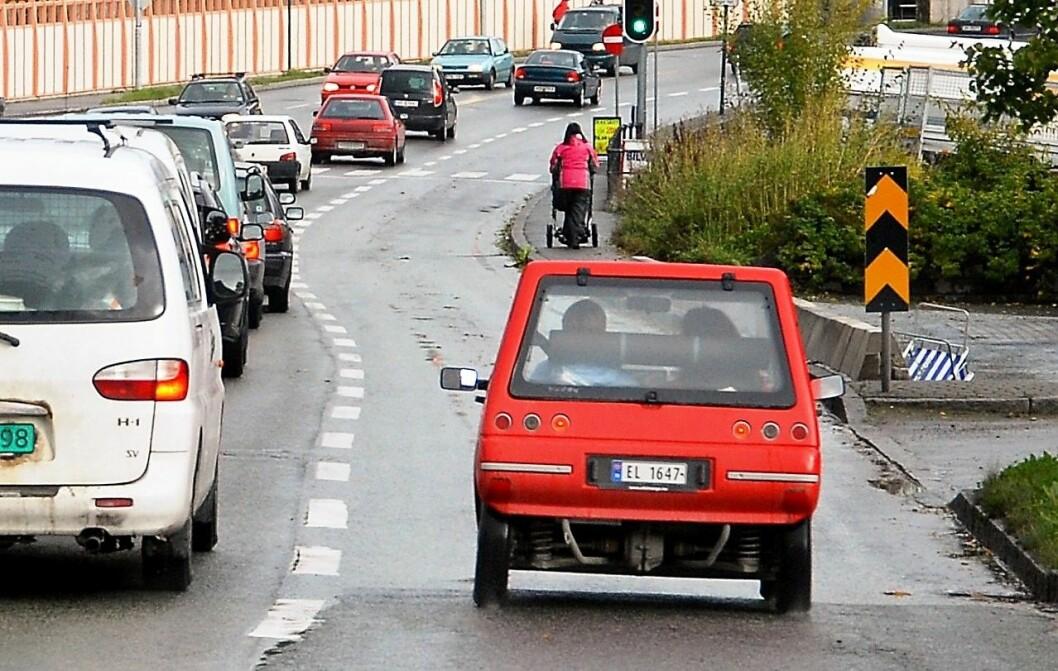 – Vi bør oppmuntre til kameratkjøring, slik at det blir færre biler på veiene. Illustrasjonsfoto: Knut Opeide / Statens vegvesen
