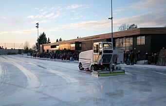 Isbanen på Voldsløkka får servert is i verdensklasse, fra ismaskinenes svar på Tesla