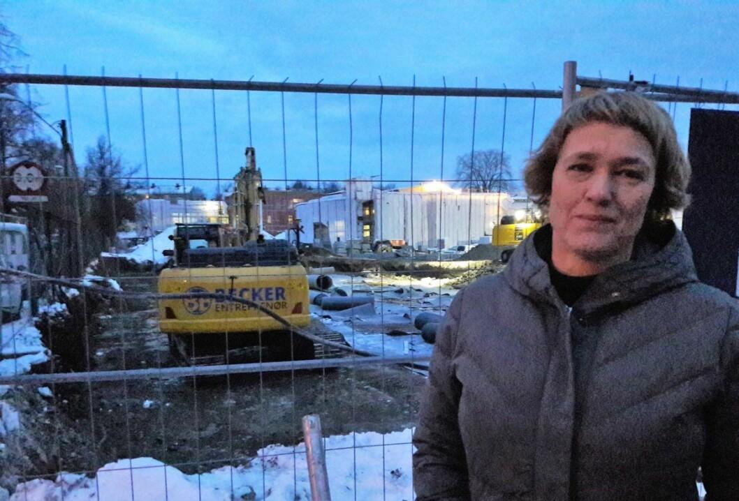 Leder for foreldrenes arbeidsutvalg ved Hasle skole, Pia Bodahl, gleder seg til å se det nye ungdomshuset på Petersborg stå ferdig. Arkivfoto: Anders Høilund