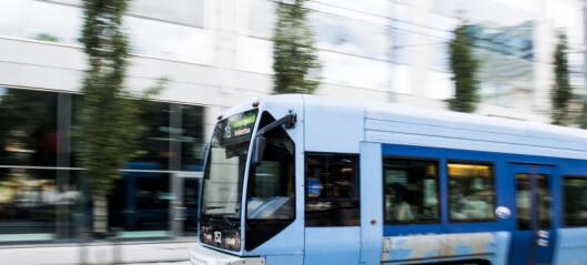 Buss- og sporveisansatte i Oslo kan få solid skattesmell. Regjeringen vil ha skatt på gratisreiser