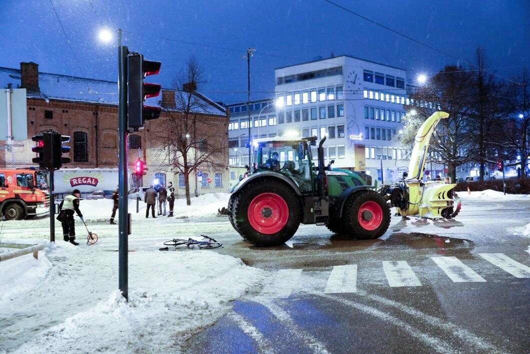 Den 20 år gamle traktorføreren er tiltalt for uaktsomt drap etter ulykken på Nordpolen i februar i fjor. Foto: Terje Bendiksby / NTB scanpix