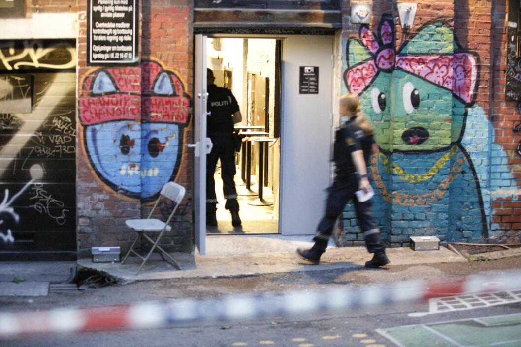 Den nå 25 år gamle mannen som står tiltalt for å ha skutt mot tilsammen sju personer ved utestedet Blå risikerer forvaring dersom han blir kjent skyldig. Foto: Audun Braastad / NTB scanpix