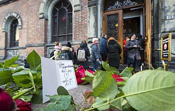 Takk til Nasjonalgalleriet. Søndag, etter 130 år, stengte museet dørene sine. Publikum la ned blomster