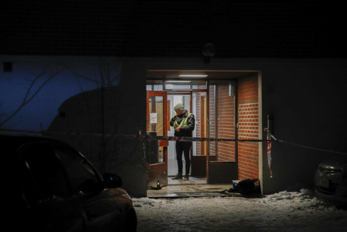 Politiet ble varslet av en person i en bolig i Sinsenveien der mannen hadde tatt seg inn. De jobber ut fra en teori om at fornærmede kom seg dit i bil. Foto: Vidar Ruud / NTB scanpix
