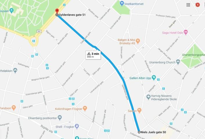 På denne strekningen i Gyldenløves gate på Frogner, skal gateparkeringene etter planen fjernes. Kart: Google maps