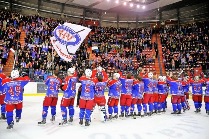Ikke siden 2014 har Vålerenga Hockey vunnet Get-ligaen. Nå er de på god vei mot en ny seriemestertittel.<br />Foto: Erlend Aas / NTB scanpix