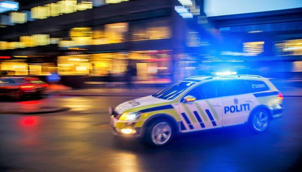 En mann i 40-årene ble knivstukket i en leilighet i Christian Michelsens gate. Såret kan være kritisk.