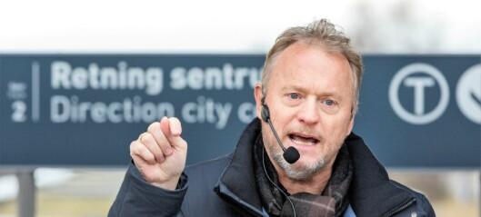 Byrådsleder Raymond Johansen reagerer kraftig på Oslo Høyres forslag til ny t-banetrasé. – Det gjør meg opprørt