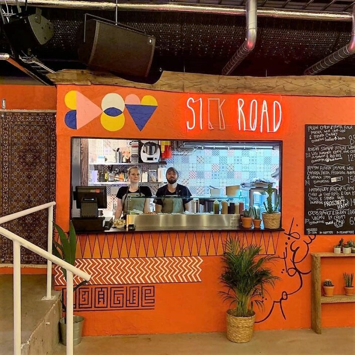 Silk road serverer vegansk mat. Foto: Silk road