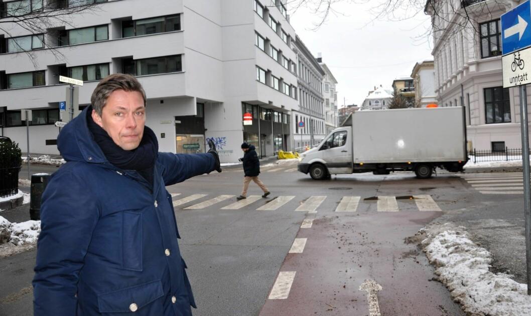 � Trafikkmålingene viser at det var feil å legge deler av en av byrutene for sykkel til Eilert Sundts gate, sier beboer og medlem av Frogner Høyre, Stian Krosby. Foto: Arnsten Linstad