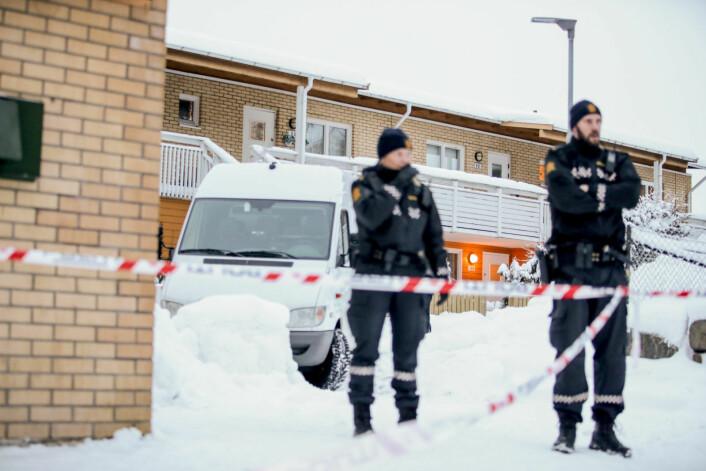 En kvinne ble funnet død i en leilighet på Bjørndal i bydel Søndre Nordstrand torsdag. Kvinnens nabo er siktet for drap, og skal i avhør ha knyttet seg selv til dødsfallet, sier politiet. Oslo. Foto: Håkon Mosvold Larsen / NTB scanpix