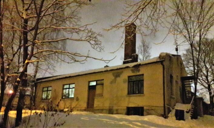 I Etterstadgata 4. I kjelleren her laget Hans Olsen Oset skismurning som gav både VM og OL-medaljer. I dag holder Vålerenga Verksted til i det skrøpelige bygget som OBOS eier. Foto: Anders Høilund